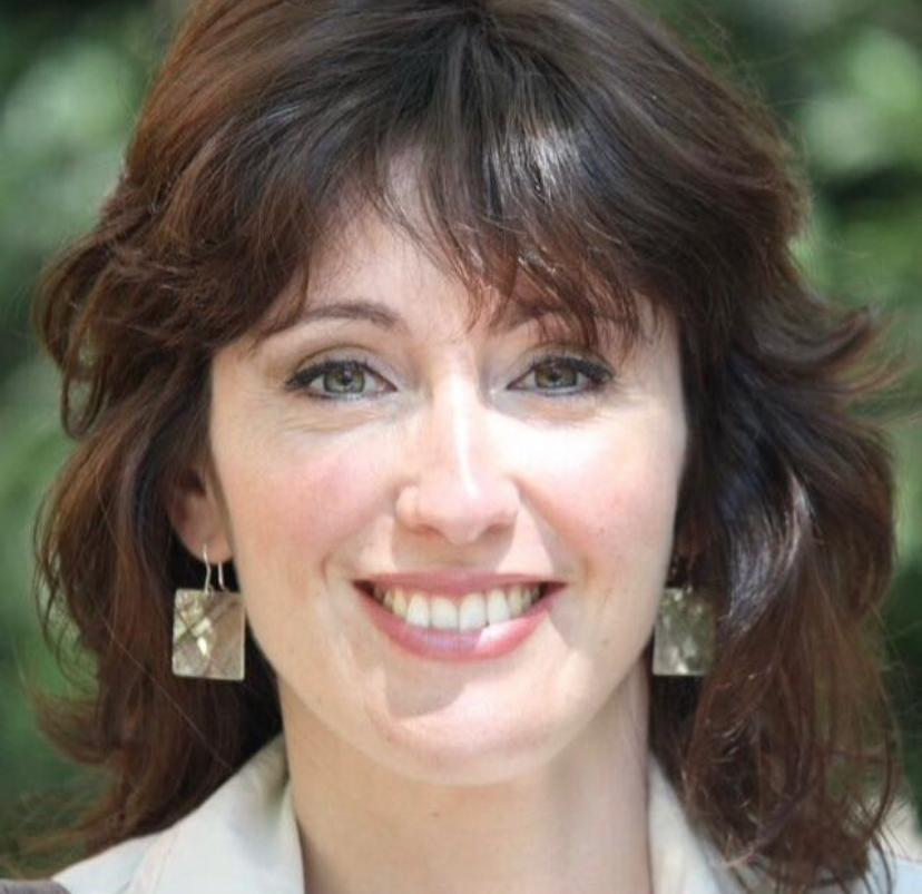 Elena Pera